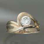 WR07 18kt yellow gold ring with .75ct diamond